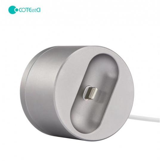 COTEetCI nabíjecí stanice Base20 pro Apple AirPods stříbrná